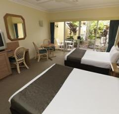 Superior Room with 2 Double Beds- Cairns Resort