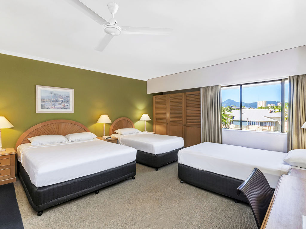 Ibis Cairns Family Room