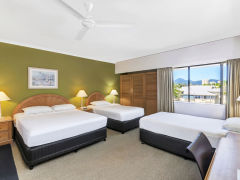 Cairns Accommodation - Superior Rooms - Ibis Styles Cairns