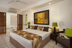 Spa Suite - Great holiday accommodation for Couples in Palm Cove