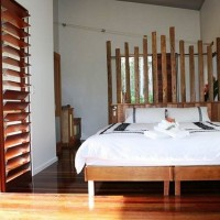 Romantic Retreat with King Bed - Sweetwater Lodge Atherton Tablelands
