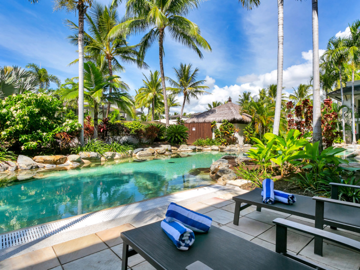 Swim Out Apartments to enjoy slipping into the resort pool direct from your patio | Port Douglas Private Apartments