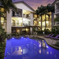 Swimming Pool - Bay Villas Resort Port Douglas
