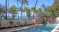 Swimming Pool - Island Views holiday apartments Palm Cove
