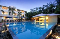 Swimming Pool (Heated in Winter) with BBQ Facilities - Cayman Villas Port Douglas Holiday Apartments
