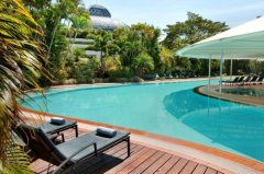 Swimming Pool Hilton Hotel Cairns - Located in the heart of Cairns