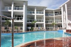 Swimming Pool & Spa - Beaches Holiday Apartments Port Douglas