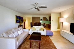 Sea Temple Palm Cove 1 Bedroom Apartment Living