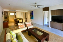 Sea Temple Palm Cove Spacious Apartments - Furnishings & outlooks may vary between apartments