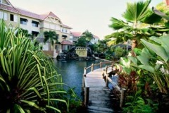 Cairns Lakes Resort Lagoon