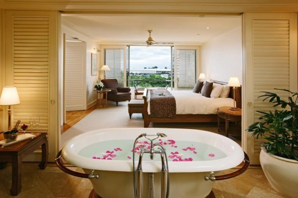 The Pullman Suite Bathroom