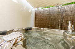 The Shantara Apartment with private Jacuzzi - Shantara Resort Port Douglas