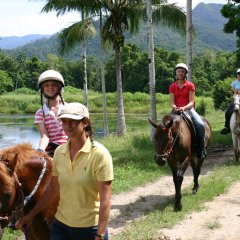 Tours Led By Friendly Guides - Cairns Horse Riding Tour