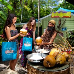 Travellers at Kuranda Markets
