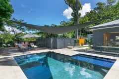 Tropical outdoor swimming pool | Cairns Luxury Holiday Home