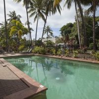 Tropical Swimming Pool - Tropical Reef Apartments Port Douglas