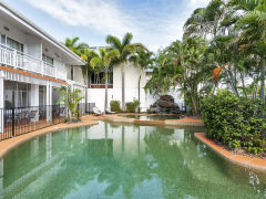 Cairns Hotel - Tropical Swimming Pool at ibis Styles Cairns Hotel