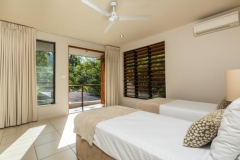 Twin Bedroom - Trito Palm Cove Holiday House