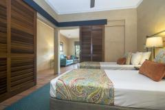 Twin Bedroom - Villa San Michele Port Douglas