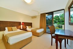 Twin Beds in 2nd Bedroom - - Cairns Beaches Accommodation