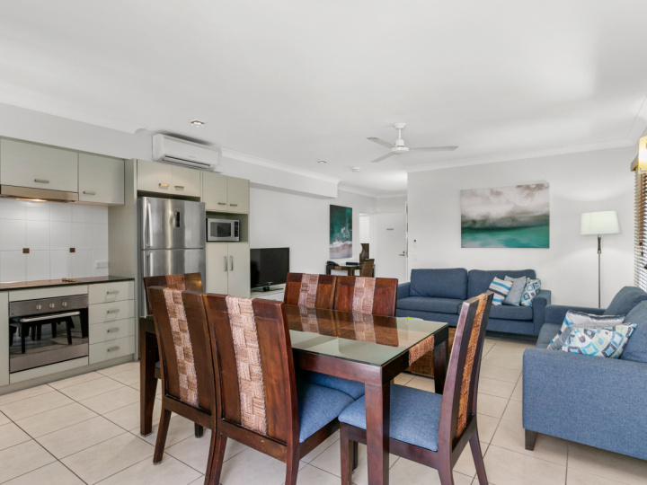 Two Bedroom Apartment - Blue Lagoon Resort Trinity Beach