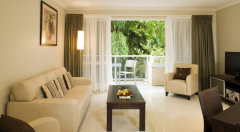 Superior Suite/ 2 Bedroom Suite - Hotel Grand Chancellor Palm Cove