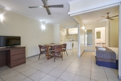 Two Bedroom Apartment Dual Key (Frangipani) Cairns Queenslander Holiday Apartments