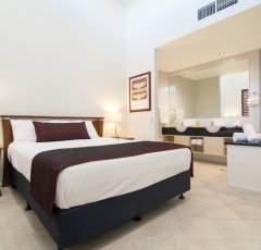 Two Bedroom Master Bedroom - Saltwater Apartments Port Douglas
