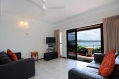Two Bedroom Townhouse - Seaview Motel Cooktown