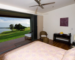 Views from the Bedroom - The Edge Holiday House