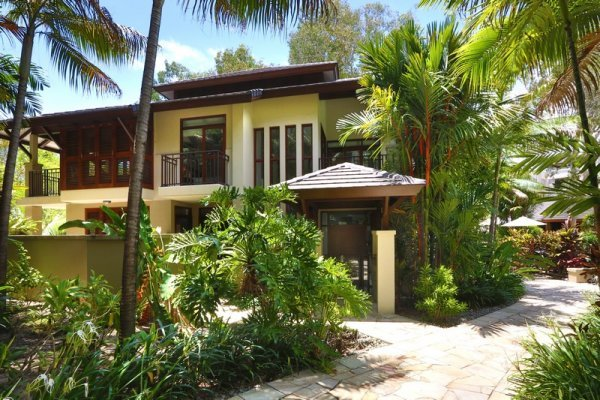 Luxury private Villa Exterior - Palm Cove