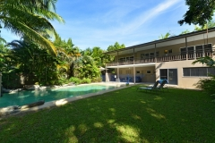 Port Douglas Holiday Home with Private Heated Swimming Pool walking distance to Four Mile Beach
