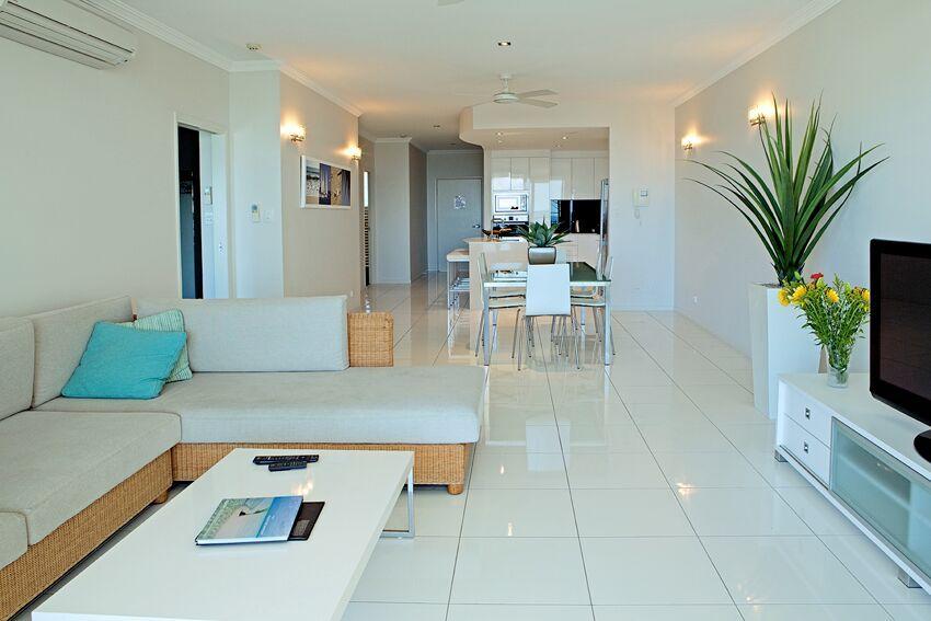Cairns Beach Accommodation | Vue Apartments Trinity Beach ...