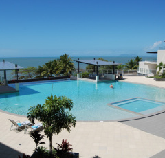Vue Holiday Apartments - Trinity Beach Accommodation at Cairns' Beaches