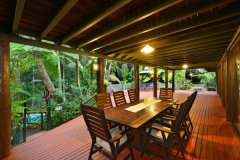 Enjoy alfresco dining at Daintree Retreat  - Daintree Rainforest Holiday Home