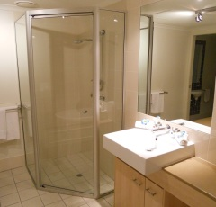 Second Bathroom with walk in Shower - Palm Cove Private Apartment