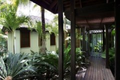 Private Walkway to front entrance of Port Douglas holiday home
